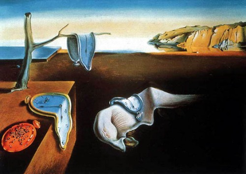 Salvador Dalí com seus relógios moles questiona o tempo absoluto